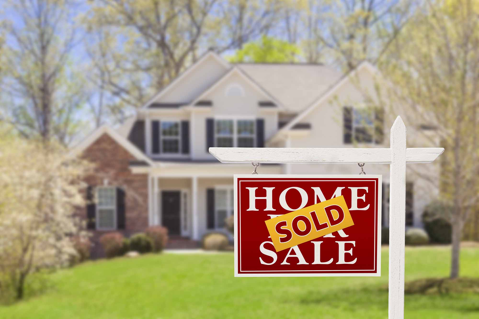 bigstock-Sold-Home-For-Sale-Real-Estate-44841031